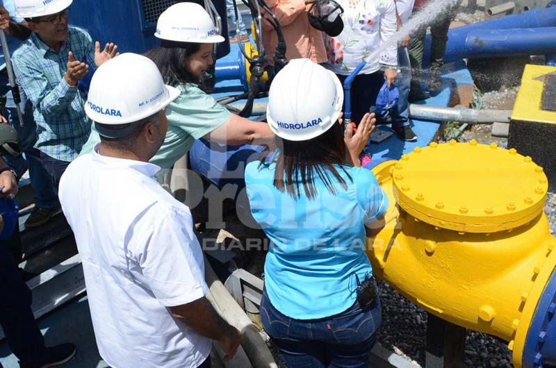 Reparan bomba de agua en la parroquia Castañeda de Carora - La Prensa de Lara
