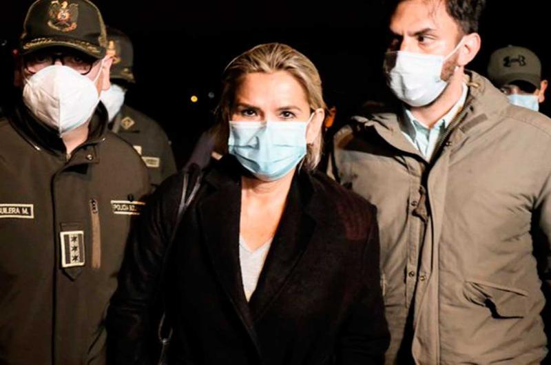 Trasladan a Jeanine Áñez a La Paz para legalizar su detención :: La Prensa  de Lara